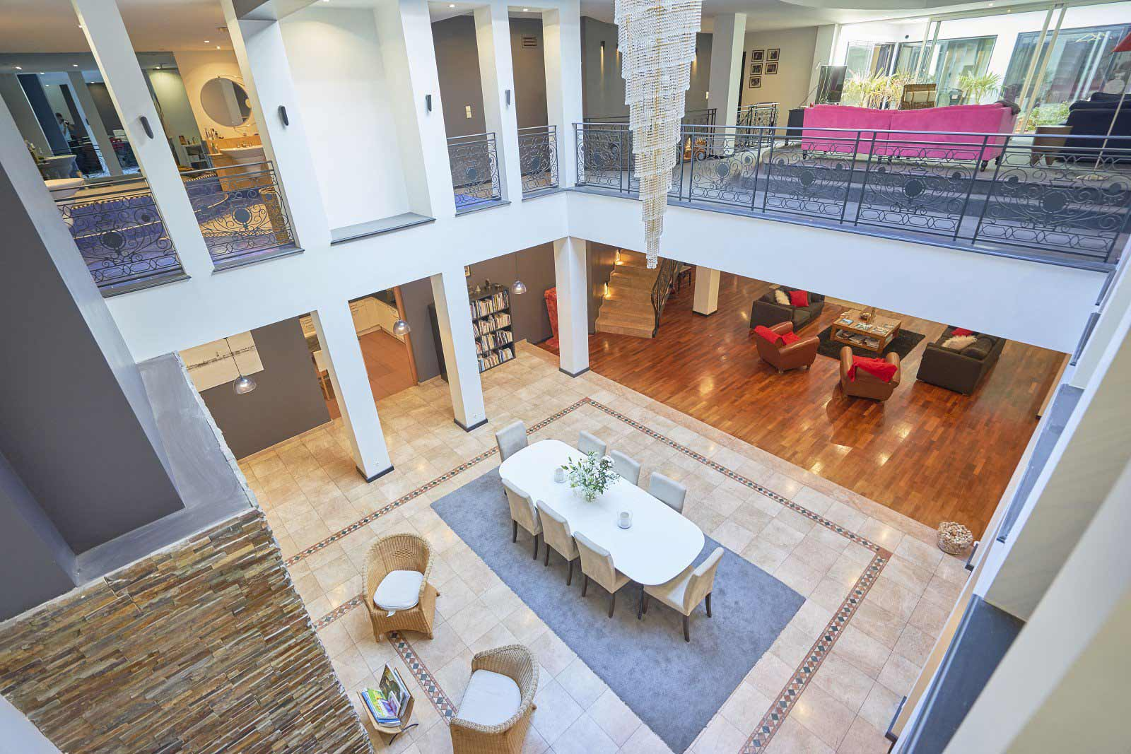 Lille - France - House, 8 rooms, 6 bedrooms - Slideshow Picture 1
