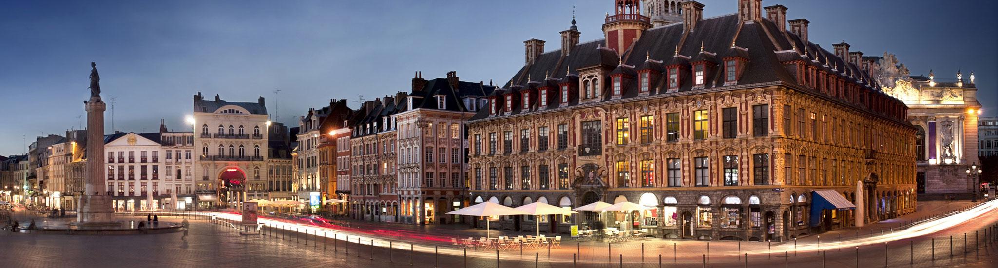 LILLE - 59000 Au coeur du vieux Lille, à 2 minutes de la place du concert, magnifiq...